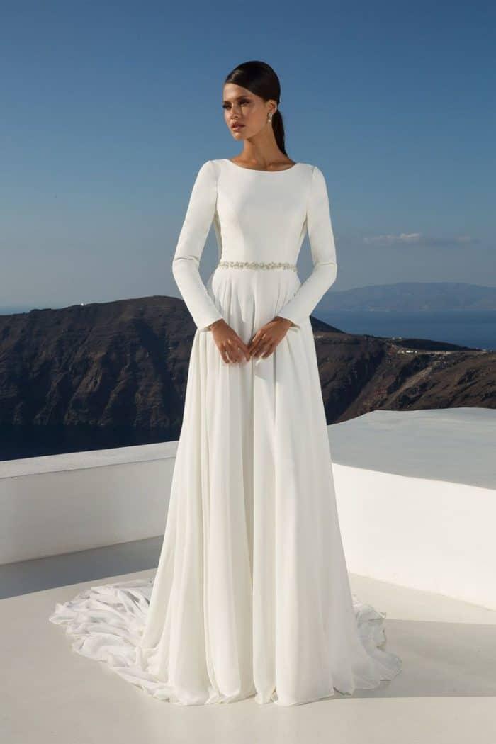 long sleeve wedding dresses with open back photo - 1