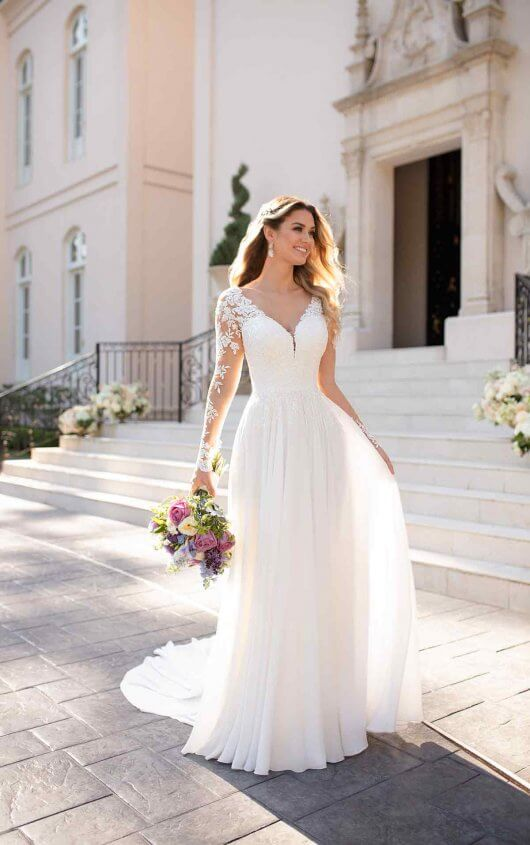 long sleeved short wedding dresses photo - 1