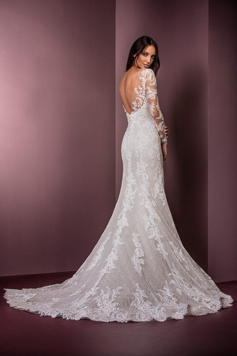 long tail wedding dresses photo - 1