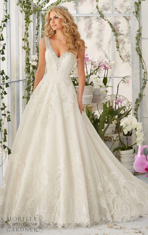 loose fit wedding dresses photo - 1