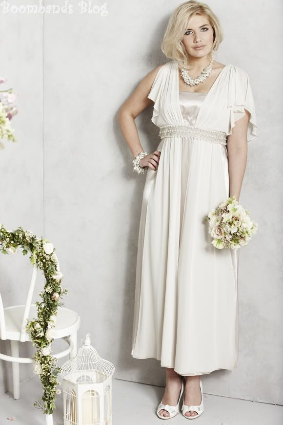 mature wedding dresses with sleeves photo - 1