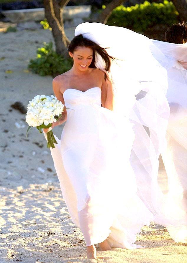 megan fox wedding dresses photo - 1
