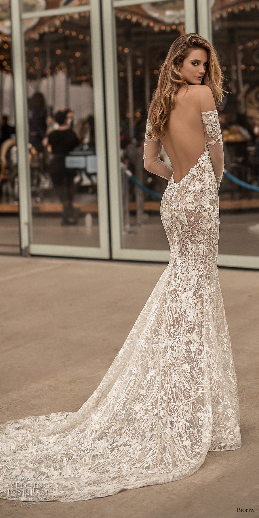mermaid long sleeve wedding dresses photo - 1