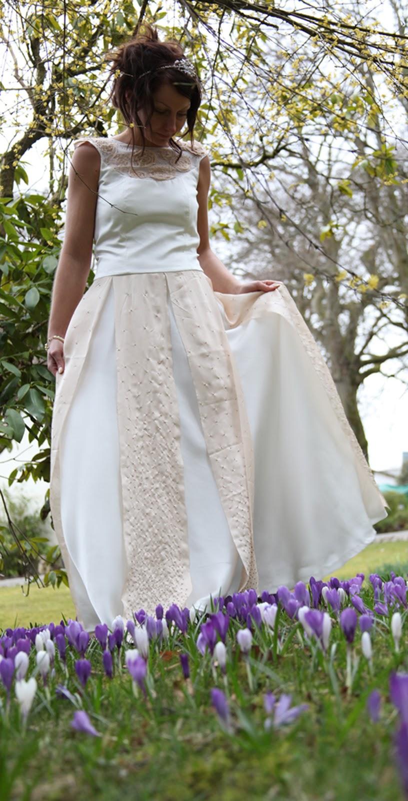modern hippie wedding dresses photo - 1