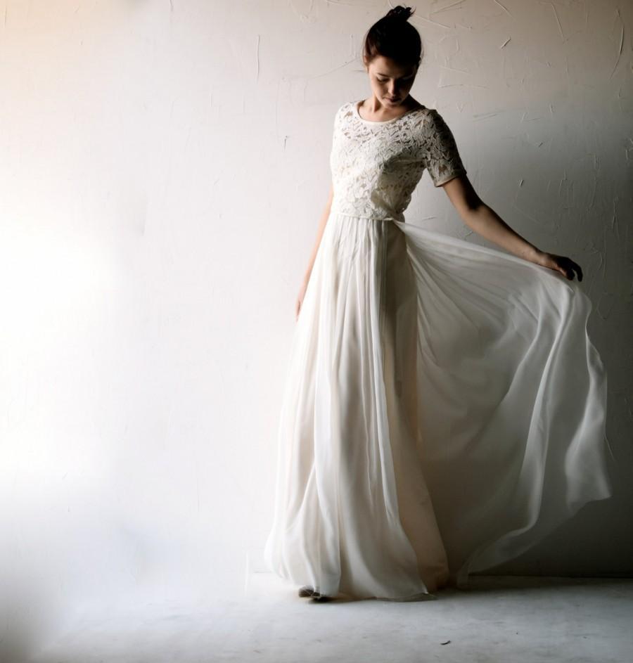 modest bohemian wedding dresses photo - 1