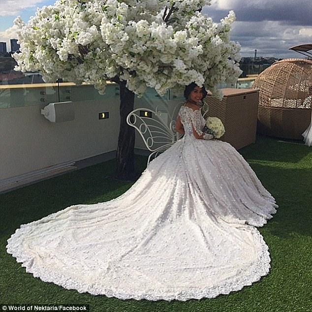 most extravagant wedding dresses photo - 1