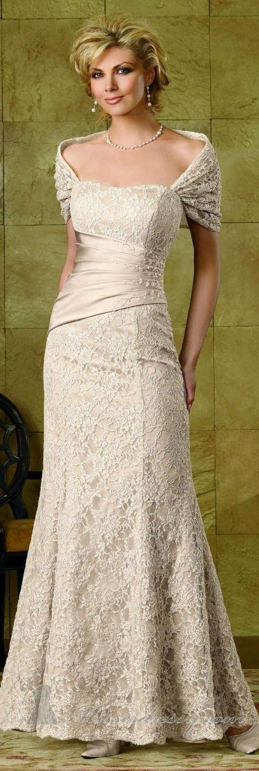 older brides wedding dresses photo - 1