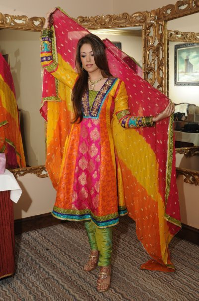 pakistani wedding guest dresses photo - 1