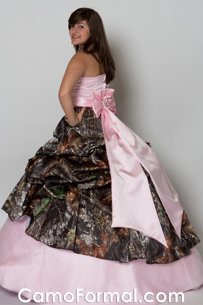 pink camouflage wedding dresses photo - 1