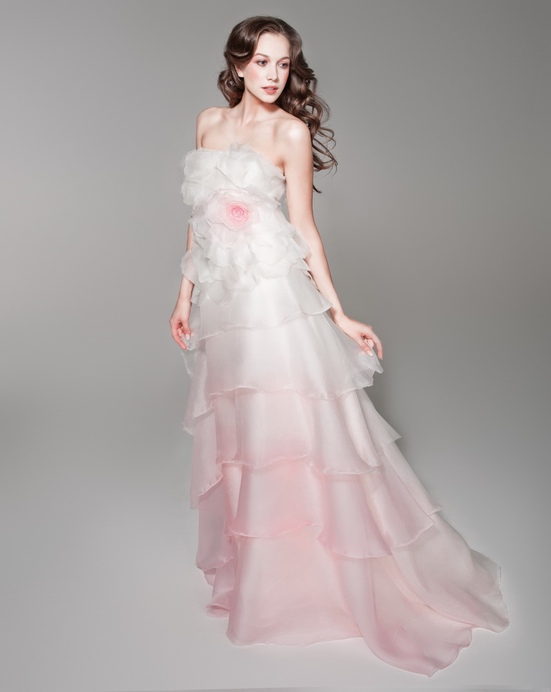 pink white wedding dresses photo - 1