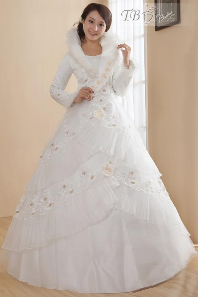 places to sell wedding dresses photo - 1
