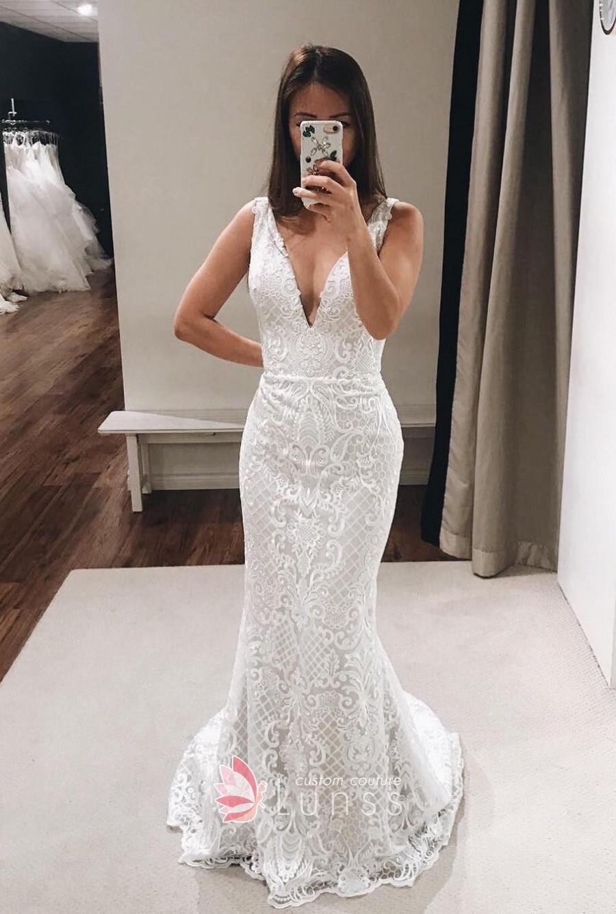 plain mermaid wedding dresses photo - 1