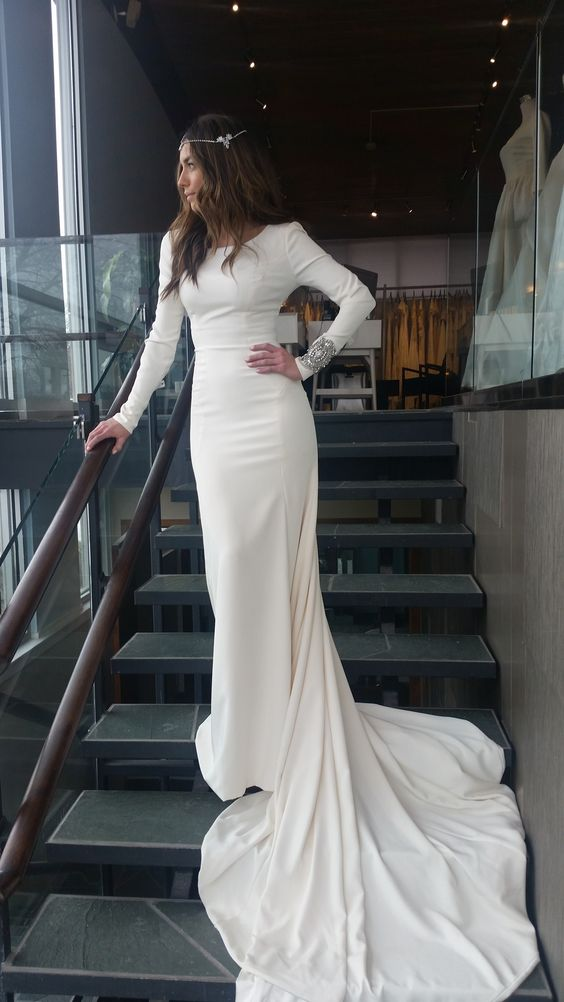 plain wedding dresses with sleeves photo - 1