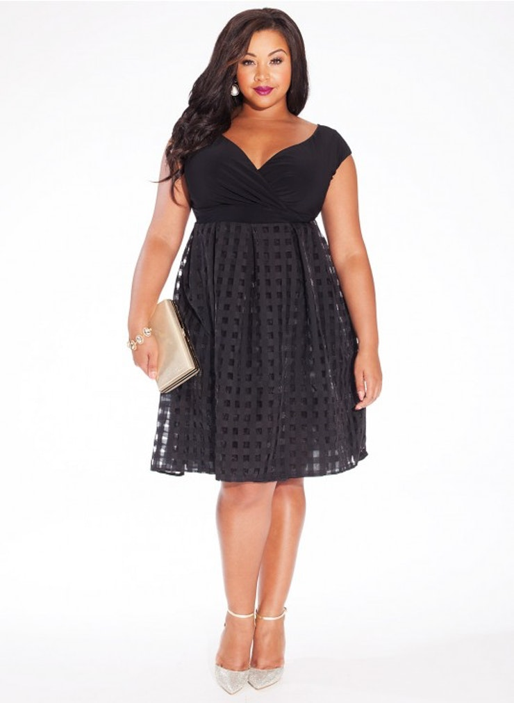 plus size fall dresses for a wedding photo - 1
