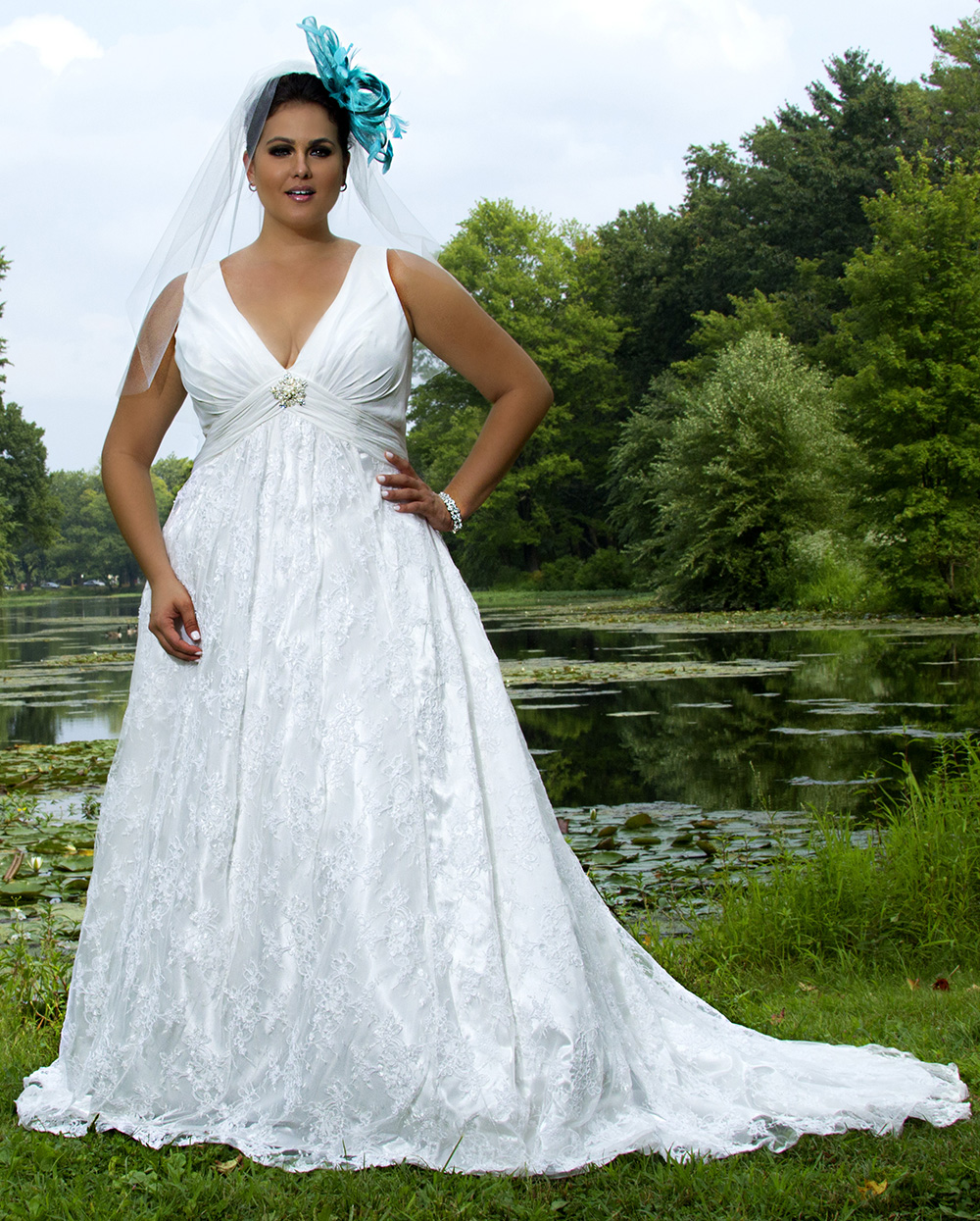 plus size non traditional wedding dresses photo - 1