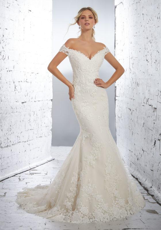 plus wedding dresses photo - 1