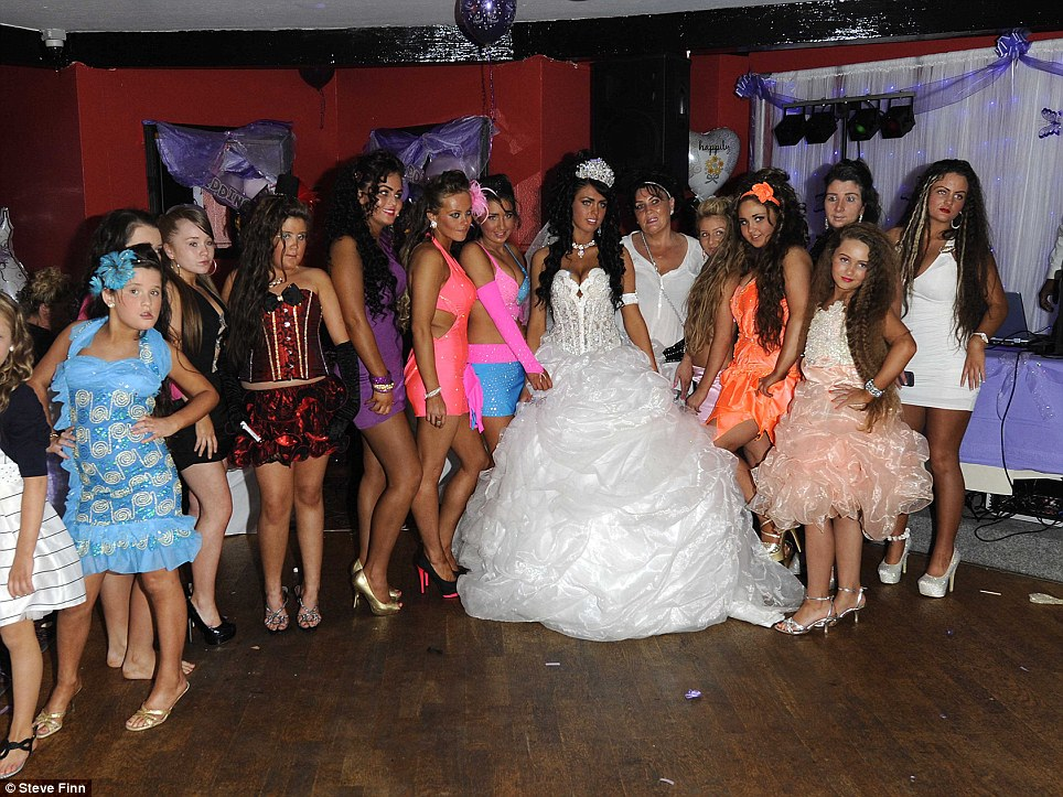 pricilla wedding dresses photo - 1