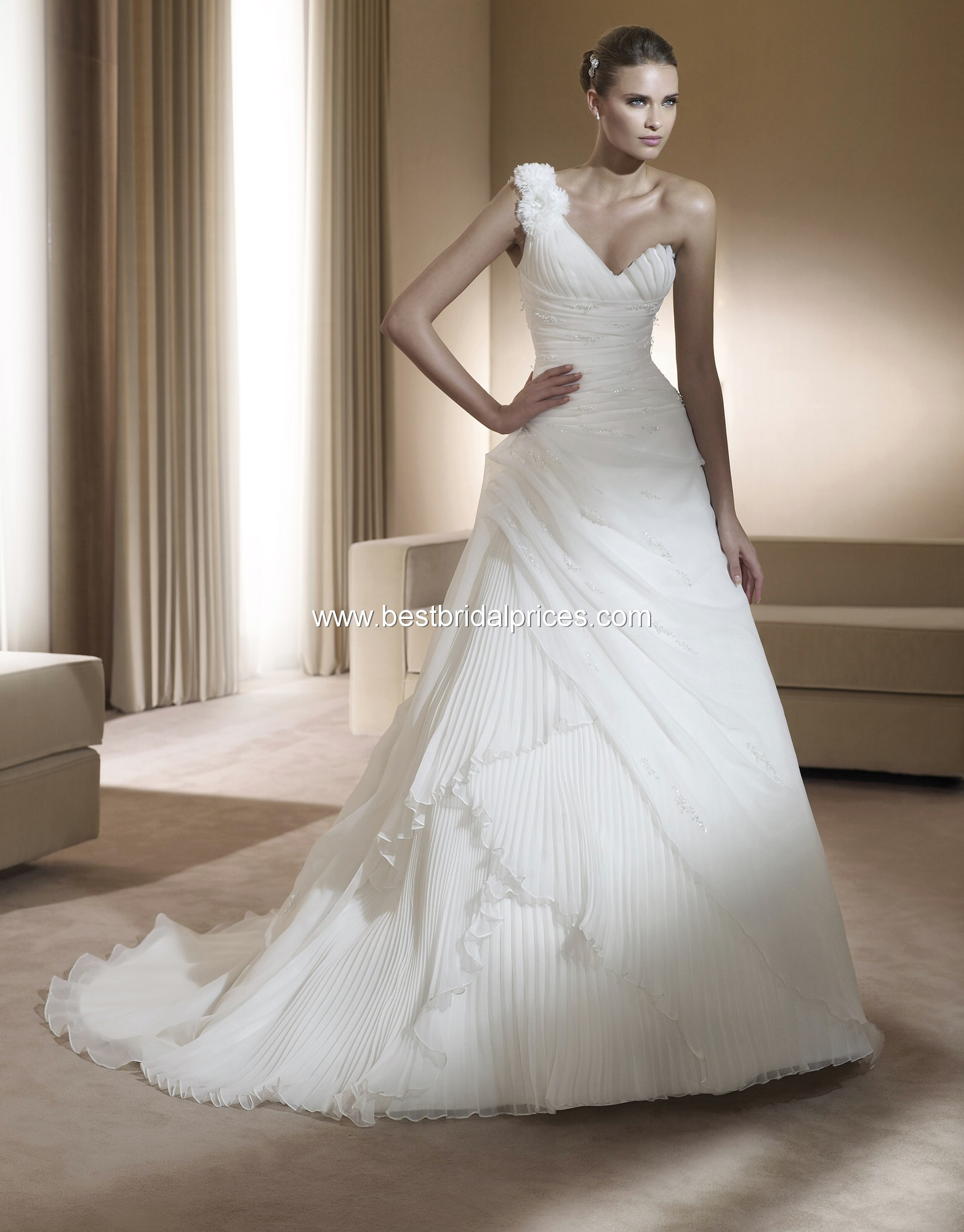 pronovias wedding dresses photo - 1