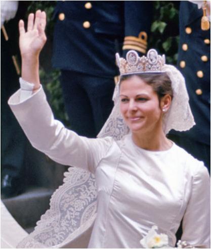queen elizabeth wedding dresses photo - 1