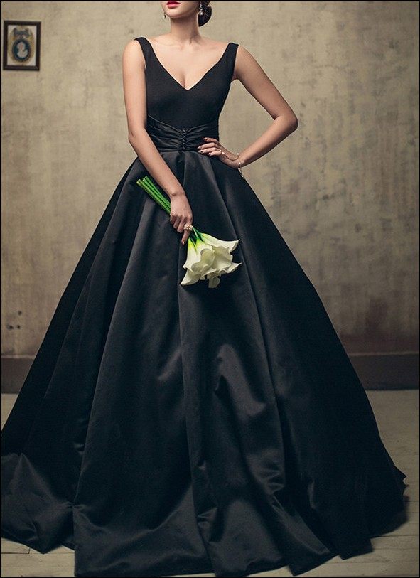 red and black wedding dresses photo - 1