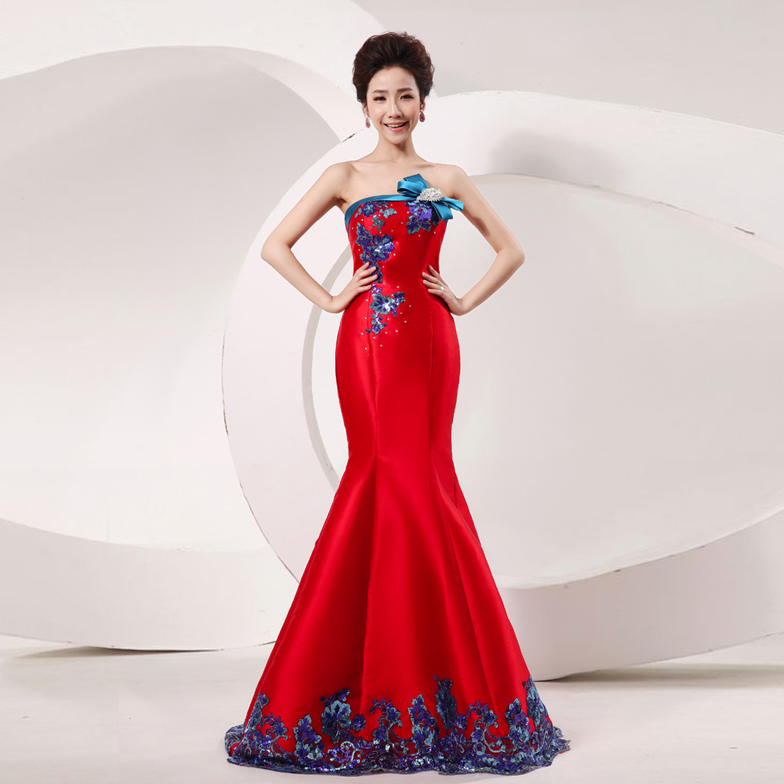 red and blue wedding dresses photo - 1