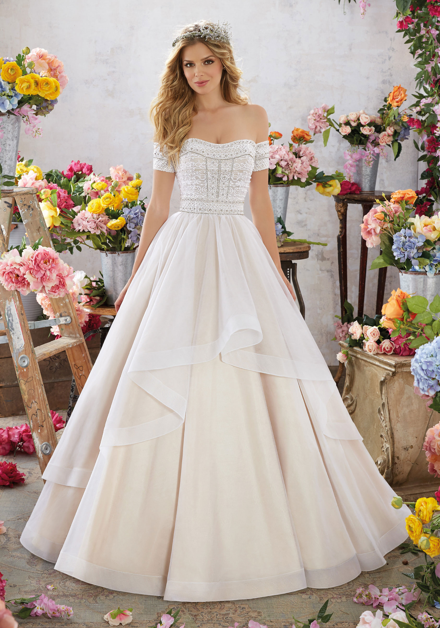red and ivory wedding dresses photo - 1