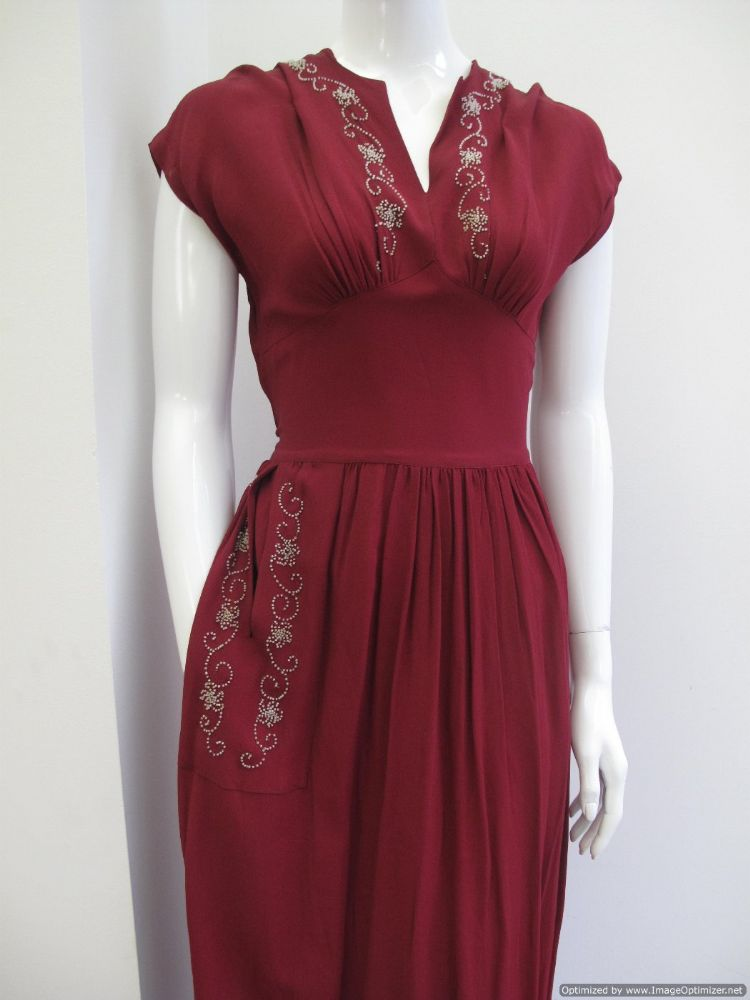 red evening dresses photo - 1