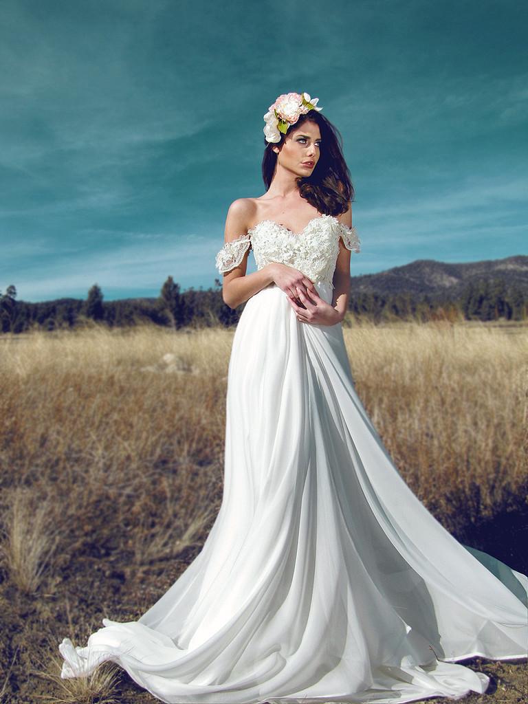 romantic wedding dresses with sleeves photo - 1