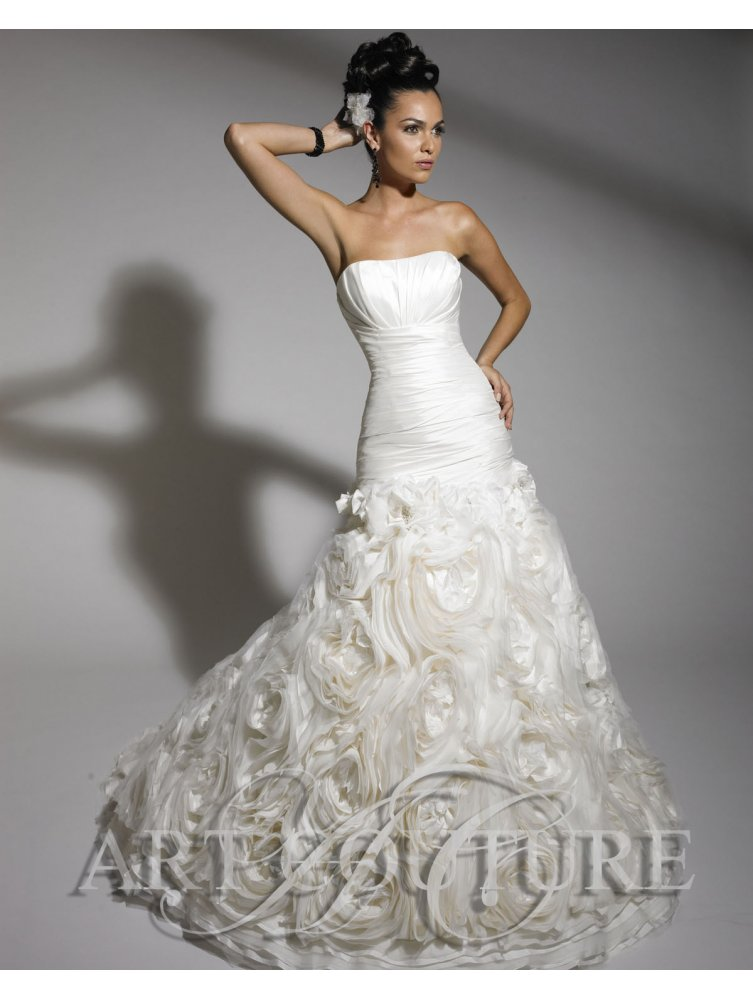 ruffled skirt wedding dresses photo - 1