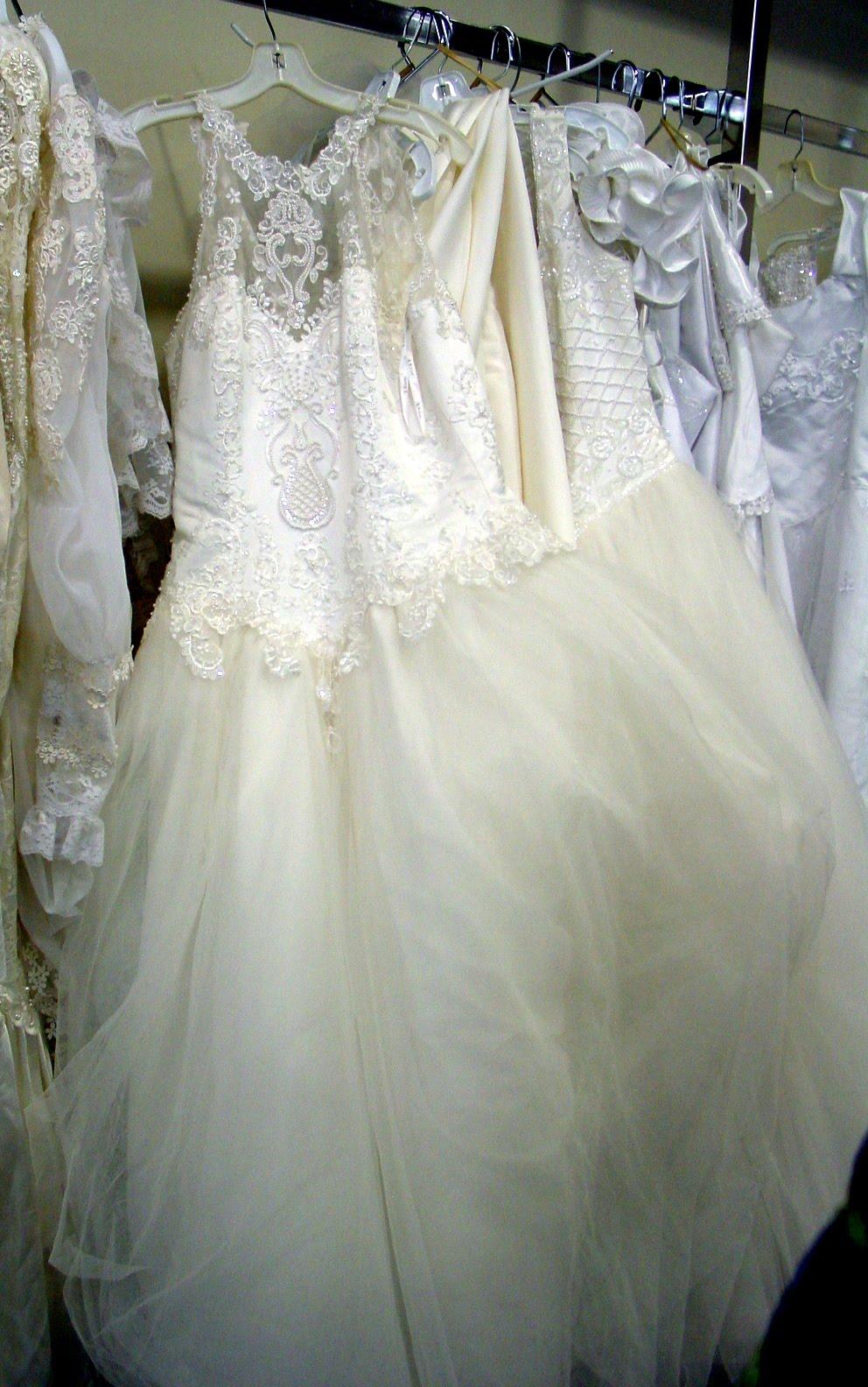 salvation army wedding dresses photo - 1