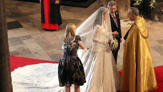 sarah burton wedding dresses photo - 1