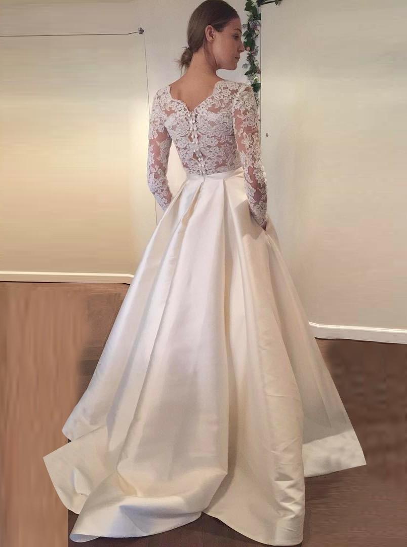 scalloped lace wedding dresses photo - 1