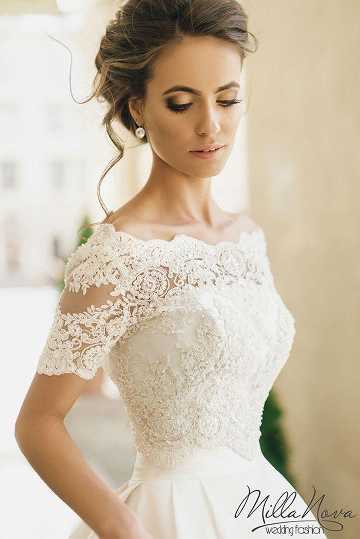 scandalous wedding dresses photo - 1