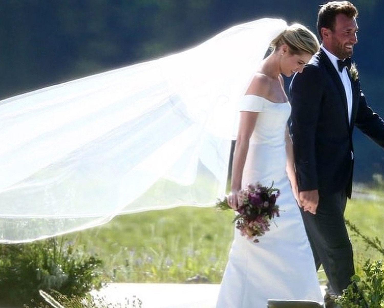 second wedding dresses photo - 1