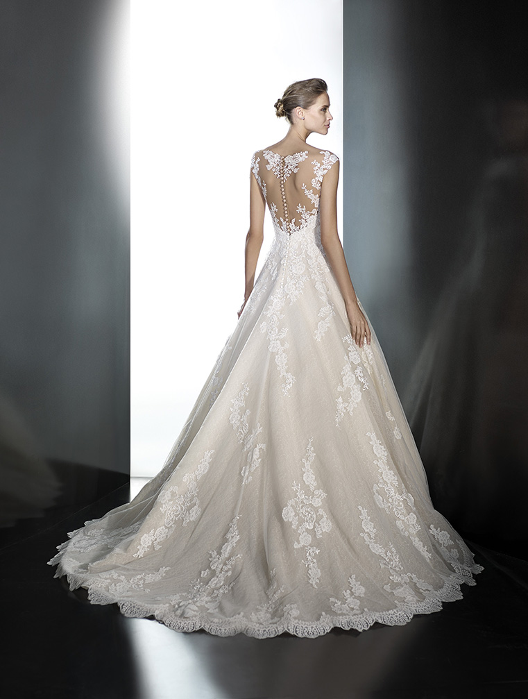 sell wedding dresses online photo - 1