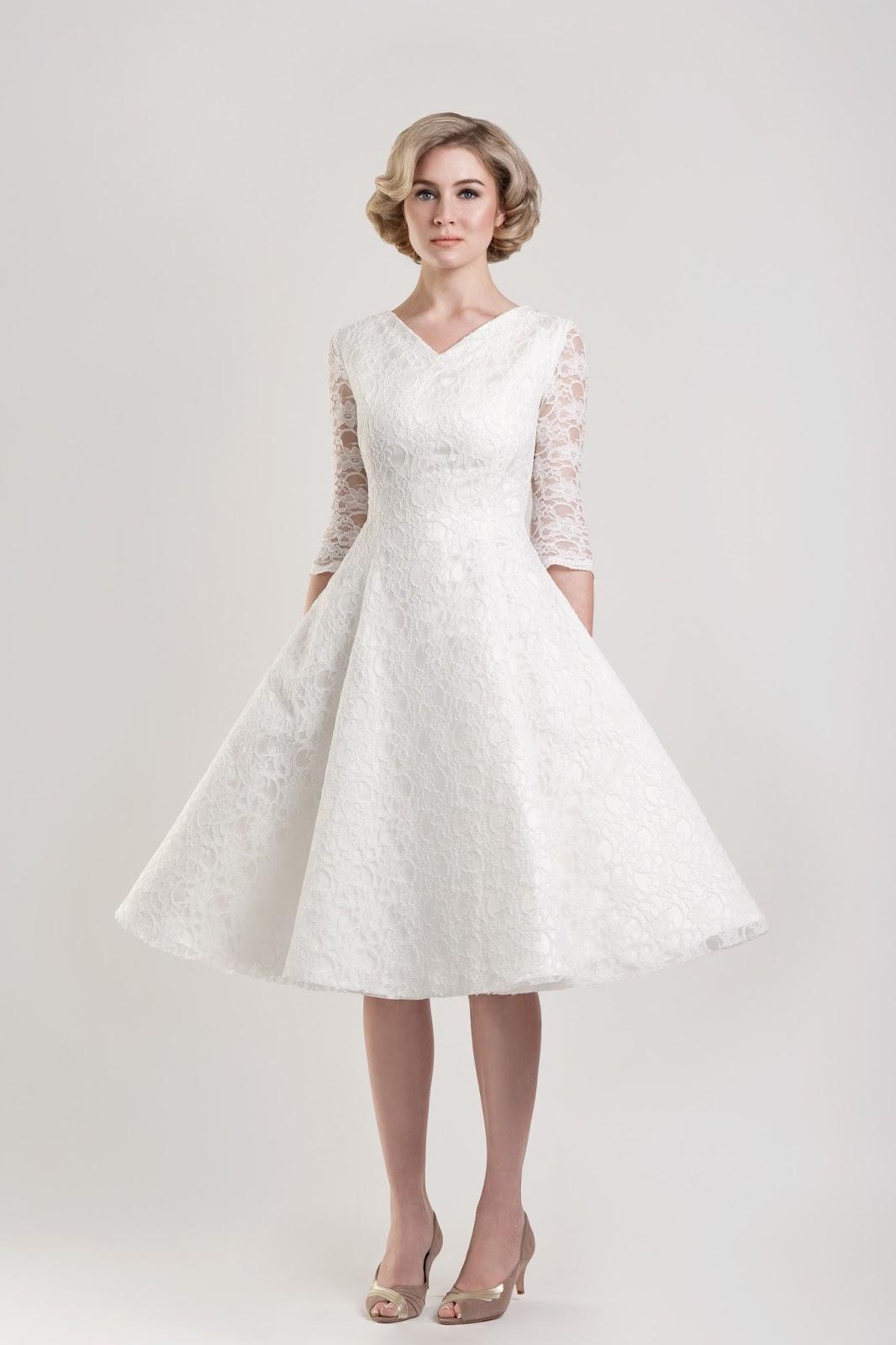 short wedding dresses for older brides photo - 1