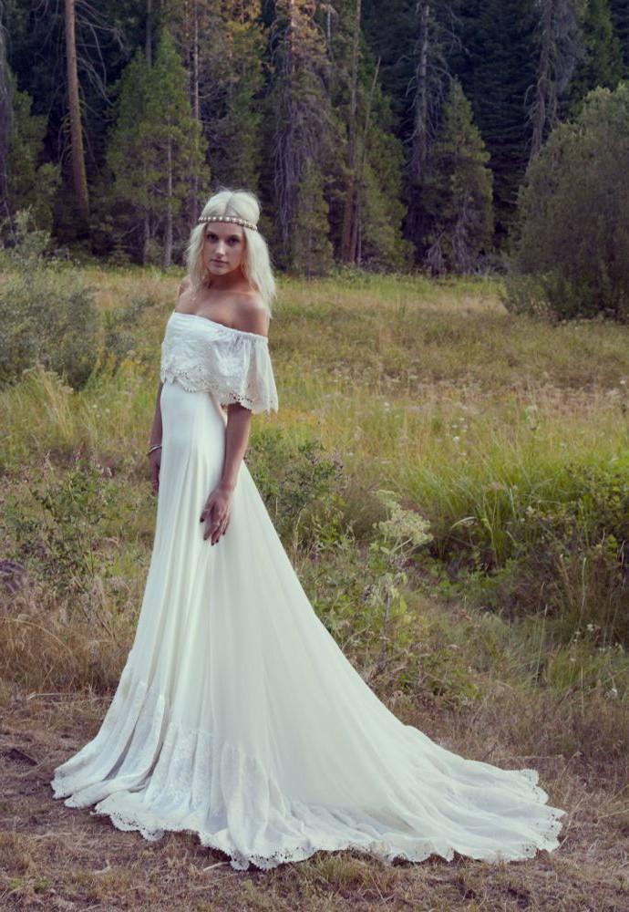 simple chic wedding dresses photo - 1