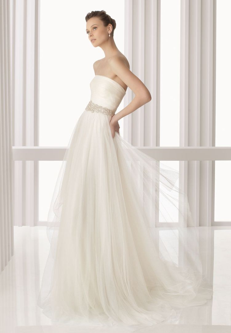 simple tulle wedding dresses photo - 1