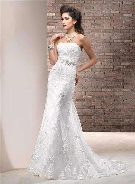 slim fitting wedding dresses photo - 1