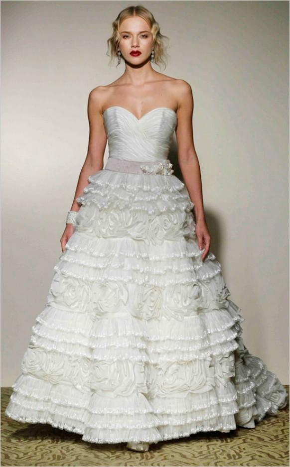 st pucchi wedding dresses photo - 1