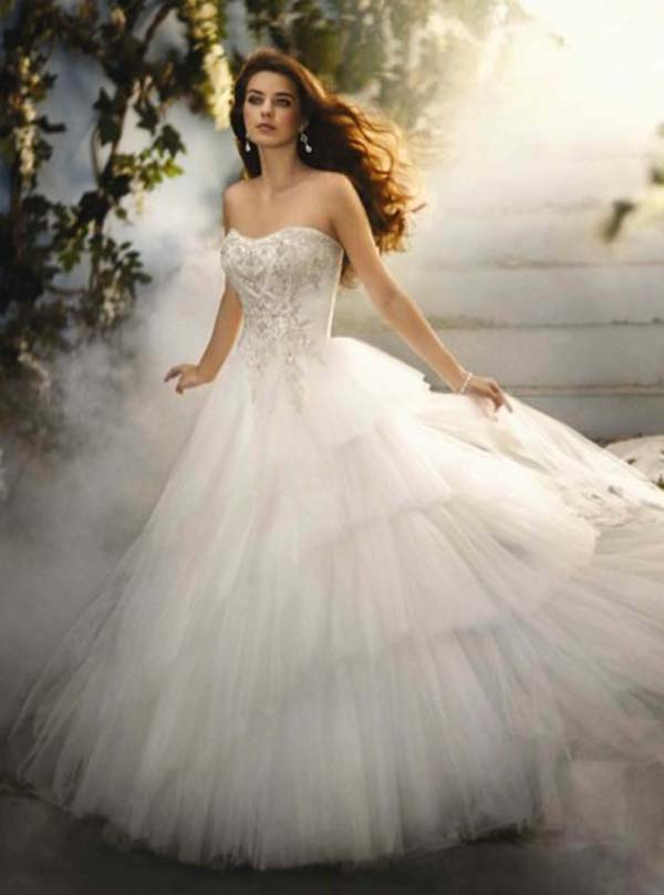still white wedding dresses photo - 1
