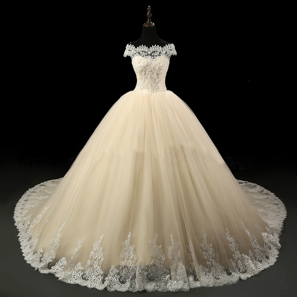 stores that sell wedding dresses photo - 1