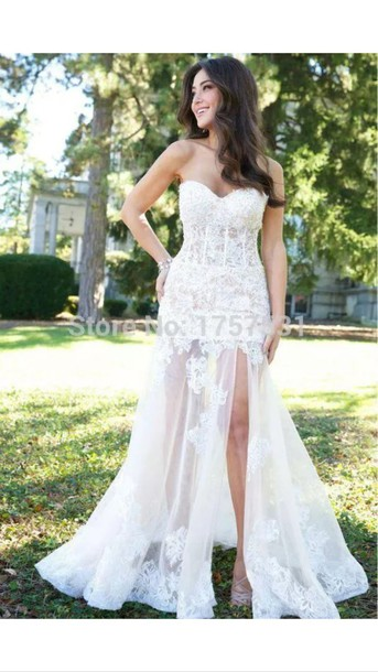 tight fitted lace wedding dresses photo - 1