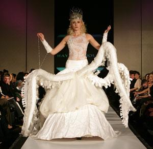 trashy wedding dresses photo - 1