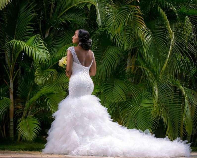 trending wedding dresses photo - 1