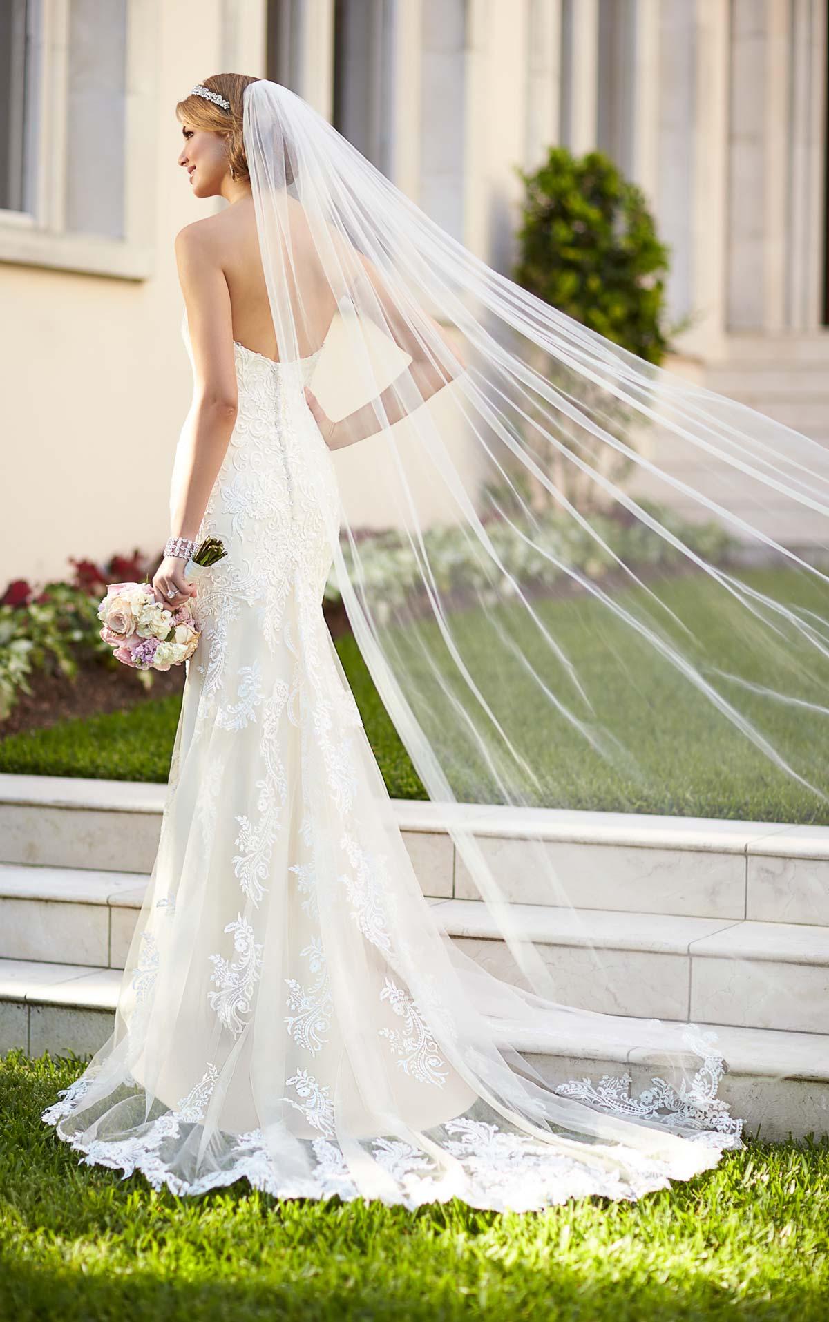 trunk shows wedding dresses photo - 1