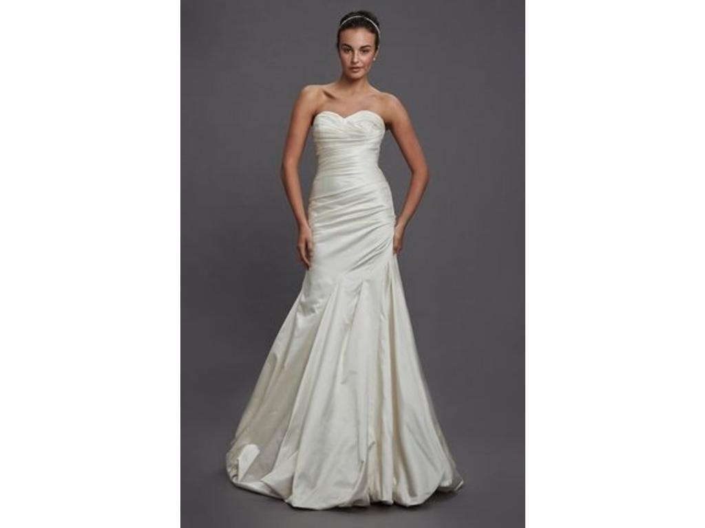 used short wedding dresses photo - 1