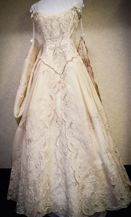 used wedding dresses michigan photo - 1