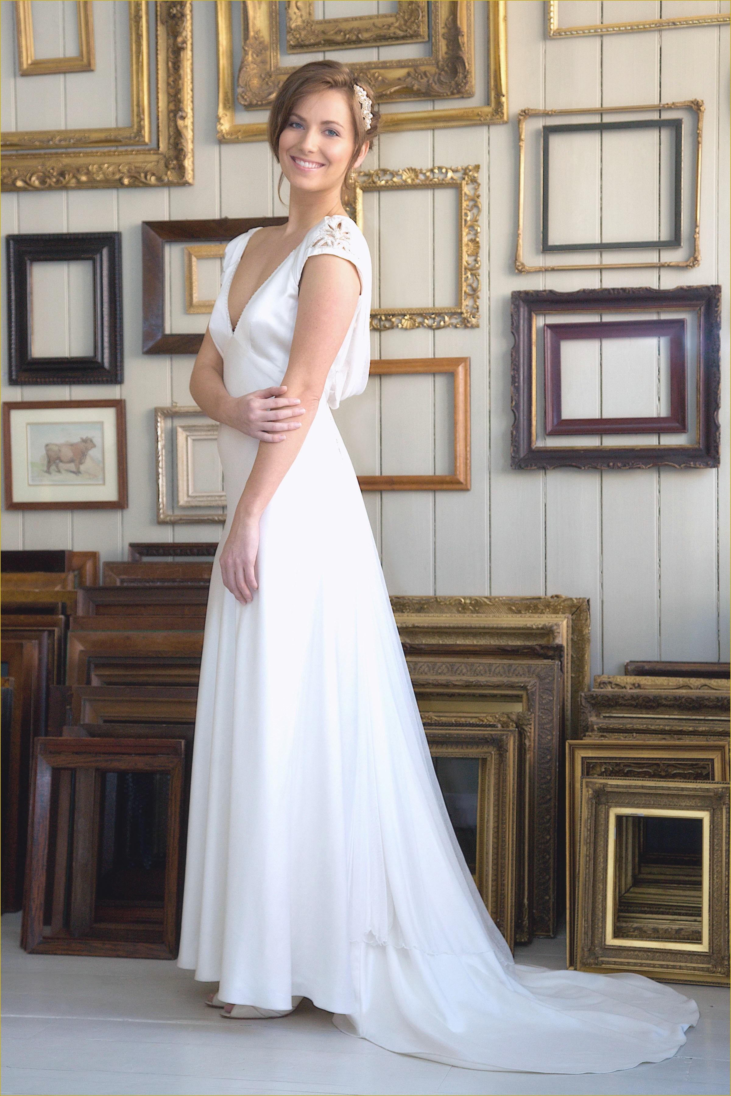 utah wedding dresses rental photo - 1