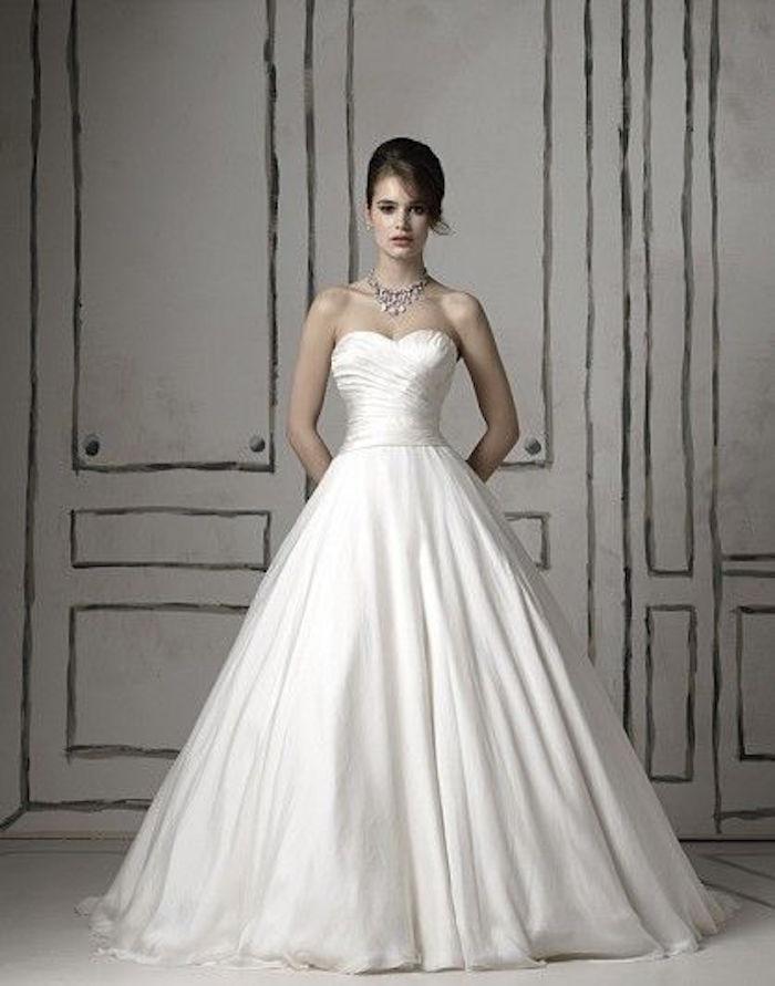 vera wang simple wedding dresses photo - 1